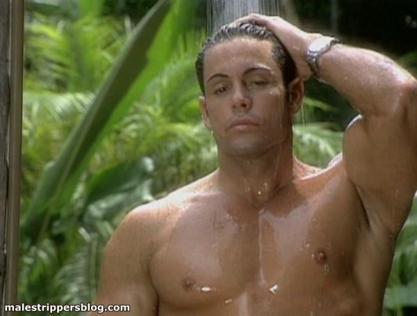 beautiful muscle man gay erotica