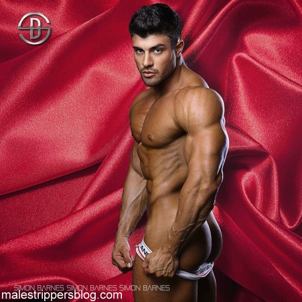 muscle hunk striptease